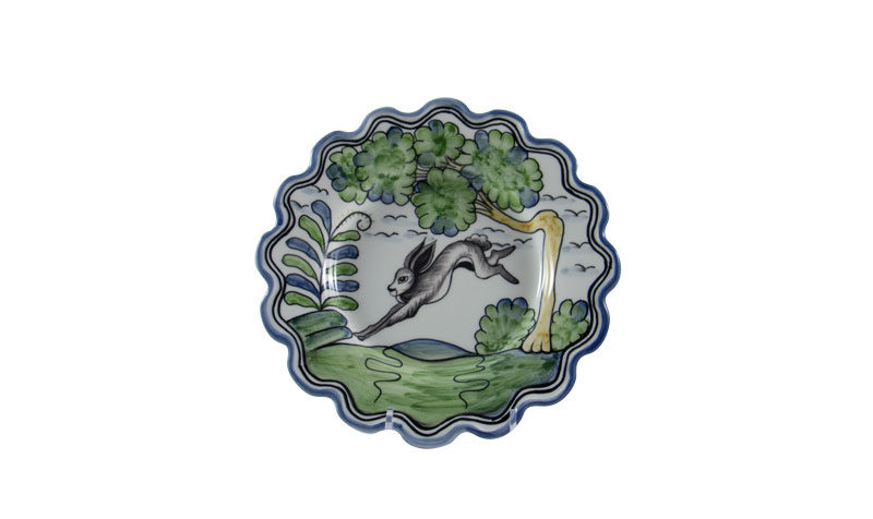 """Le Lapin 8"""" Scalloped Plate"""
