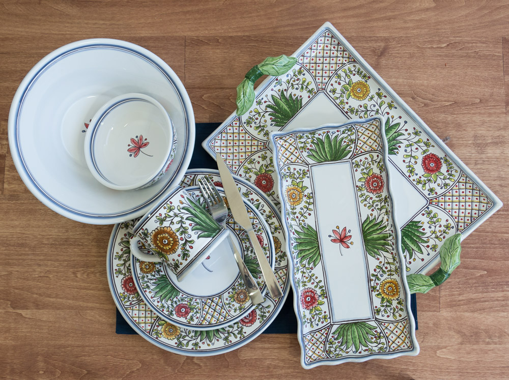 Poppy Collection Dinnerware