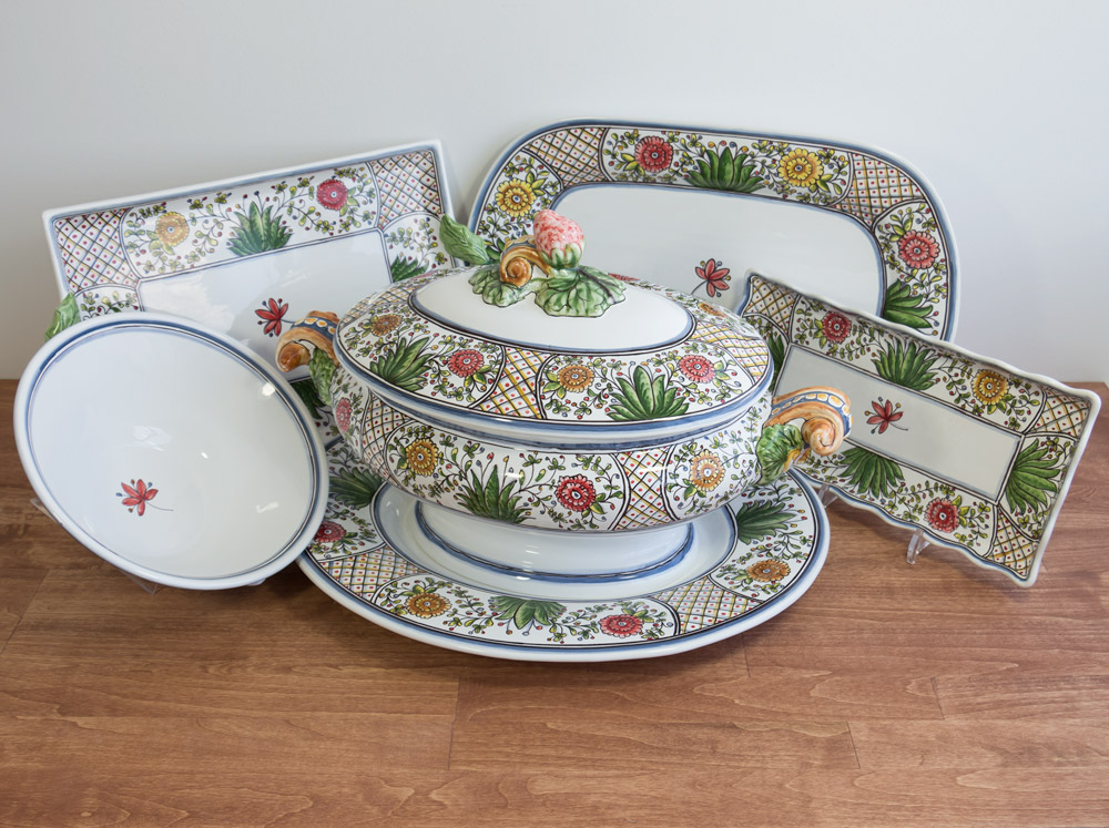 Poppy Collection Serveware